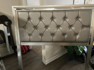 FREE CAMA for Sale in Tampa, FL