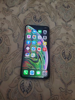 gold iphone x pro max for Sale in Austin, TX