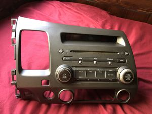 Honda Civic 2006-2011 OEM CD player/Radio for Sale in Whittier, CA