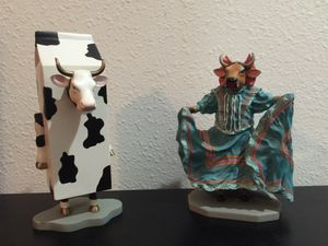 Cow parade collectible statues for Sale in Wesley Chapel, FL