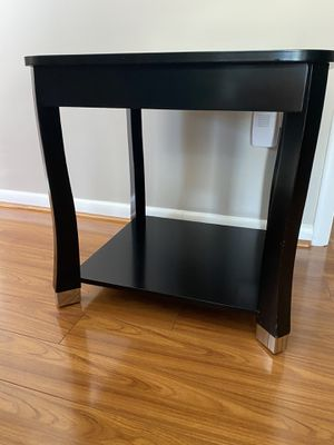 End table for Sale in Churchville, MD