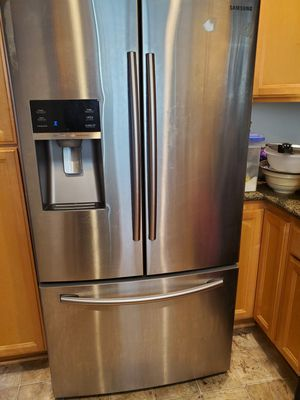 Samsung double door French style ice maker too for Sale in Westminster, CA