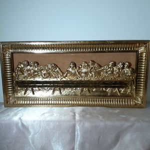 Last Supper Wall Decor. Gold Toned Plastic Mold By Homco 1983. for Sale in San Antonio, TX