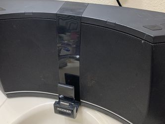Kicker Ik5 Amphiteather BT Speaker for Sale in Las Vegas,  NV
