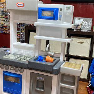 Kitchen Kids $50 Cocinita for Sale in Fresno, CA
