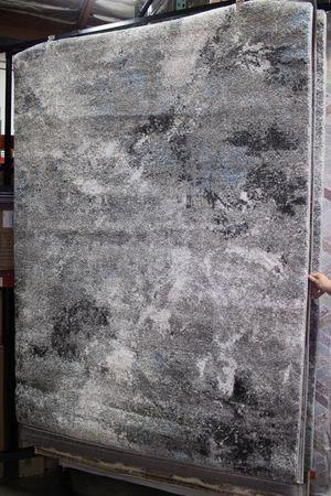 5 x 7 Area Rug, GREY ICE for Sale in Santa Fe Springs, CA