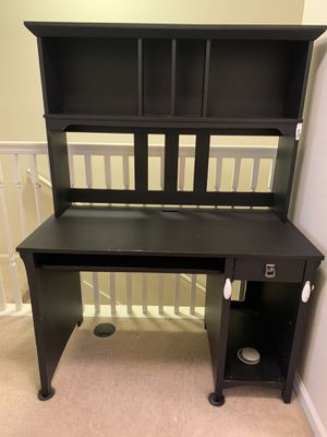 Black Computer desk for Sale in Orlando, FL