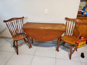 Kitchen table and chairs for Sale in Downey, CA