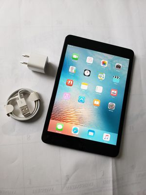 iPad mini, Cellular and WI-FI internet access, Factory Unlocked, Excellent Condition. for Sale in Springfield, VA
