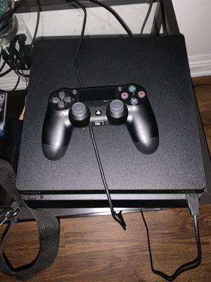 PS4 con fifa 2018 for Sale in Glendale, CA