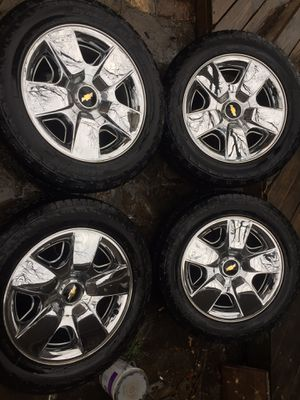 Chevy factory wheels and tires 20 inch for Sale in Dallas, TX