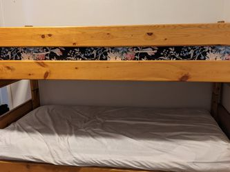 Solid Wood Bunk Bed for Sale in Marysville,  WA