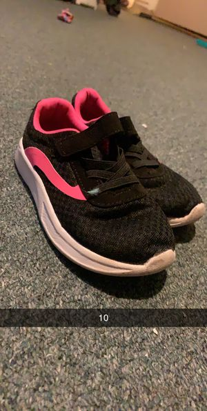 Girls size 10 shoes for Sale in Peoria, AZ