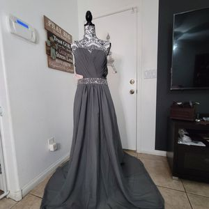 One Shoulder Beaded Chiffon Bridesmaid Empire Long Prom Dresses for Sale in Las Vegas, NV
