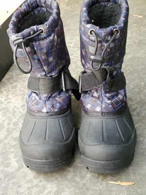 Youth Kids Size 13 Winter Snow Rain Boots Sledding for Sale in Artesia, CA
