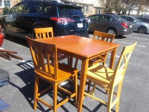 Pub High TABLE with chairs 5 chairs coming with for Sale in Silver Spring, MD