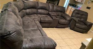 Sectional couch for Sale in Chiriaco Summit, CA