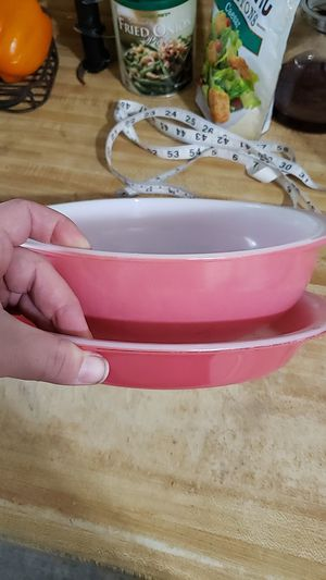 Vintage Pink Pyrex set for Sale in Chino Hills, CA