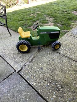 Ride On Tractor for Sale in Federal Way, WA