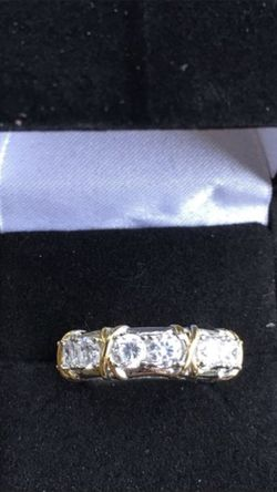 Size 5/6/8/9available 10k gold wedding ring for Sale in Cumming,  GA