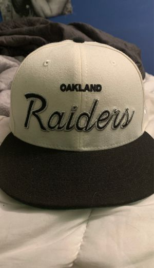 Oakland raiders hat for Sale in Ontario, CA
