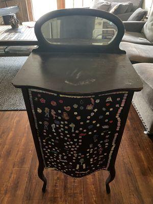 Free antique dresser for Sale in Buena Park, CA