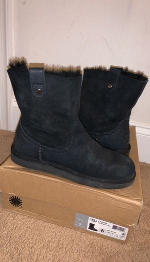 uggs black for Sale in Boyds, MD