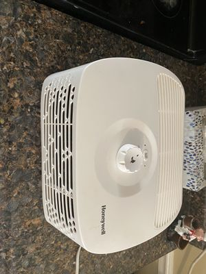 Humidifier honeywell for Sale in Annandale, VA