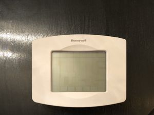Honeywell TH8320WF Wi-Fi Touchscreen Programmable Digital Thermostat for Sale in Tacoma, WA