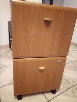 NO KEY / Nice to drawer gray and wood file cabinet with wheels for Sale in Las Vegas, NV