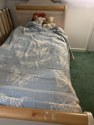 Twin bed frame for a girl for Sale in Mount Lebanon, PA