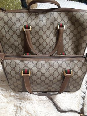 GUCCI PAIR BOSTON TRAVEL BAG AND CARRY HANDBAG for Sale in Brookfield, IL