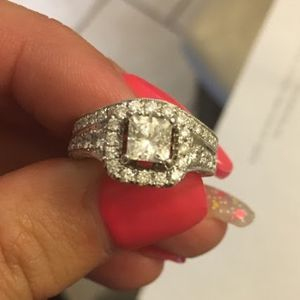 1.2 Ct Cushion cut Diamond Engagement And Wedding Ring for Sale in Lakeland, FL