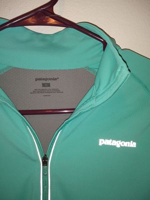 Patagonia performance shirt size medium for Sale in Salt Lake City, UT