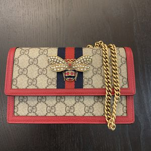 Gucci cross body bag for Sale in Glendale, CA