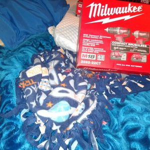 18v Milwaukee Drill Combo With Charger Bag And W Battery's 150 Obo for Sale in Stockton, CA