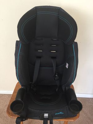 Everflo Car Seat in good condition with car seat protector for Sale in Gainesville, FL