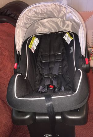 Craco infant car seat for Sale in Everett, MA