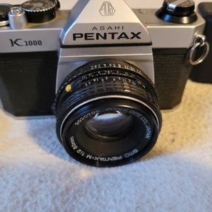 Pentex K1000 35mm Camera with extend Lens for Sale in Fenton, MO