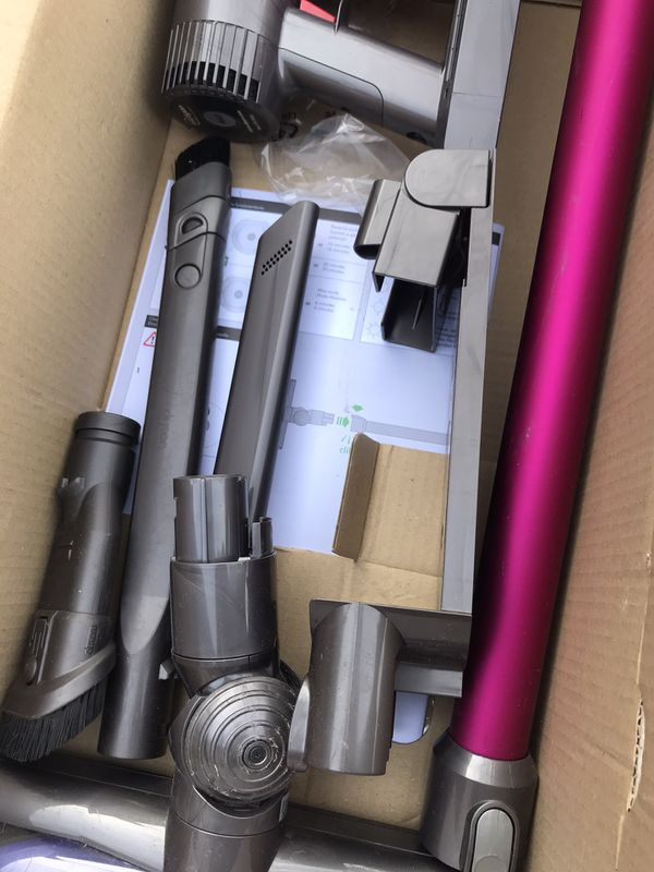 Dyson V6 motherhead plus cordless stick vacuum
