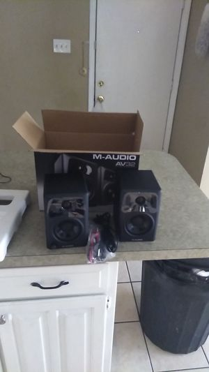 M-AUDIO AV32 MULTI-MEDIA MONITOR SPEAKERS for Sale in Arlington, TX