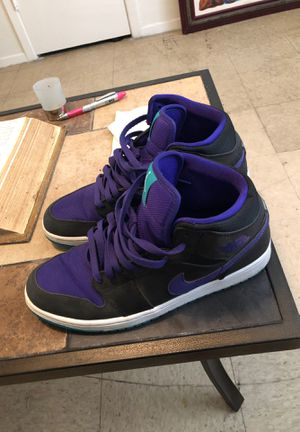 Jordan 1 (mid grape ) size 10.5 for Sale in Fort Worth, TX