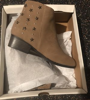 New/box girl boots size 3 for Sale in GA, US