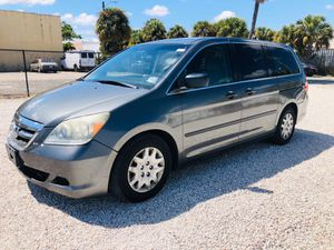 2007 HONDA ODYSSEY CLEAN TITTLE RUMS EXCELLENT BRAND NEW TIRES NO LEAKS SERIOUS BUYERS for Sale in Lake Worth, FL