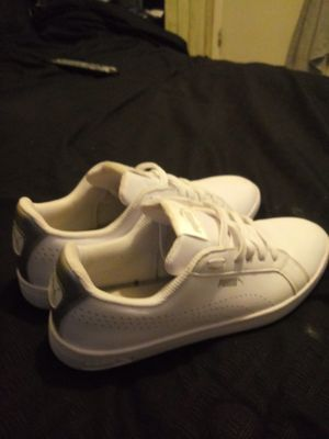 Womens pumas size 8 for Sale in Winter Haven, FL