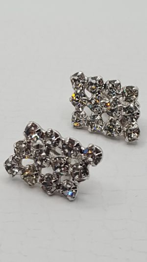 B David, Crystal Vintage clip Earrings. Diamond Style, for Sale in Covington, KY