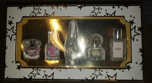 5 piece mini perfume set from Macy's for Sale in Hemet, CA