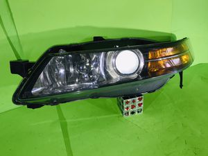 2004 2005 2006 ACURA TL DRIVER LEFT OEM HID XENON HEADLIGHT HEAD LAMP 04 05 06 ALL TABS for Sale in San Marcos, CA