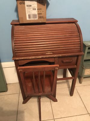 Child's roll top desk for Sale in Philadelphia, PA