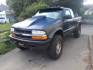2002 Chevy s10 for Sale in Brockton, MA
